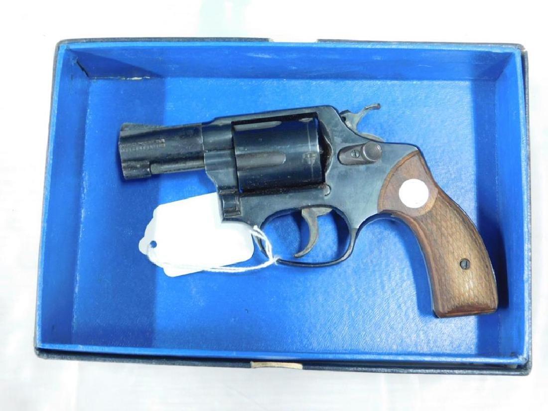 Rossi Model 33 Revolver