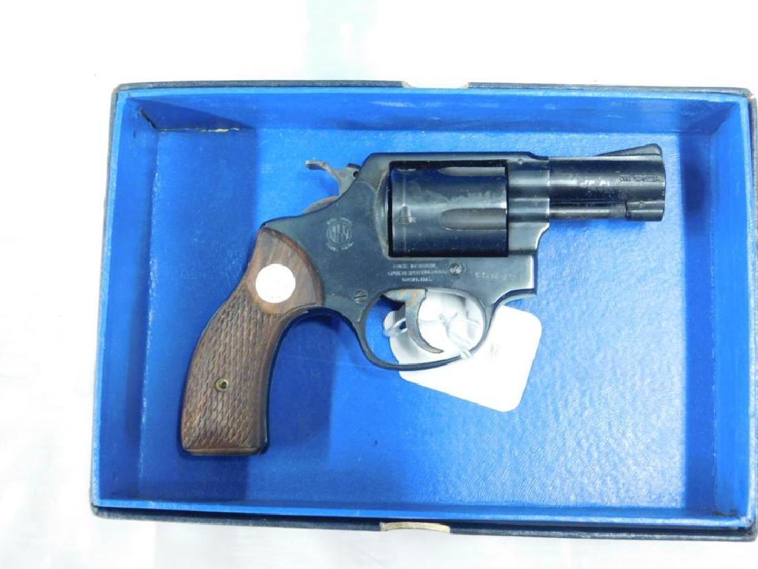 Rossi Model 33 Revolver - 2