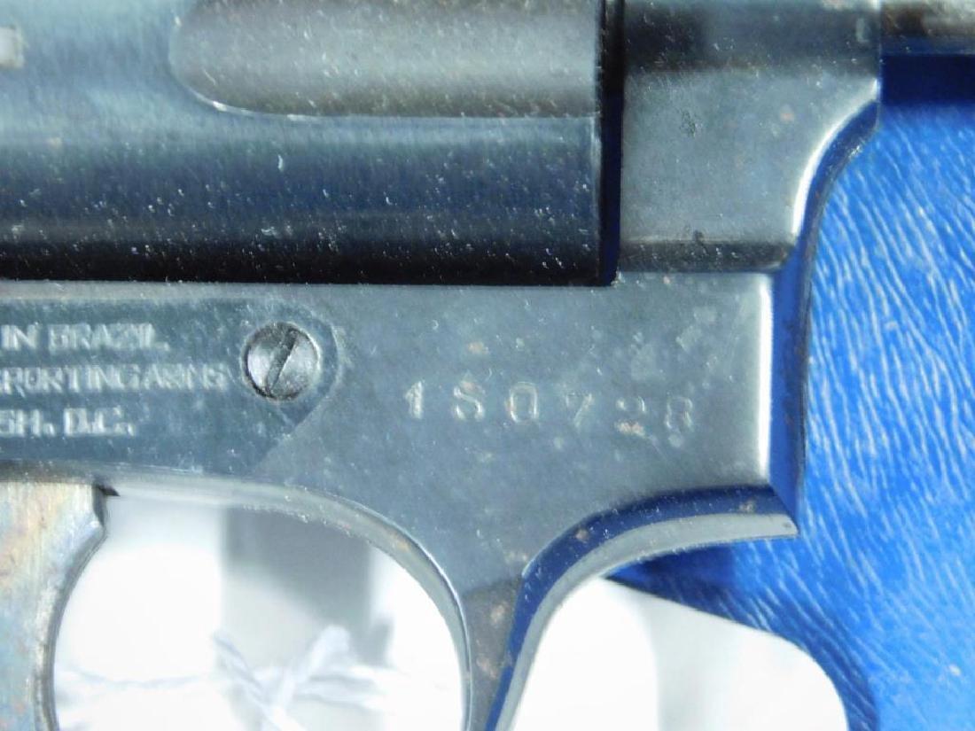 Rossi Model 33 Revolver - 4
