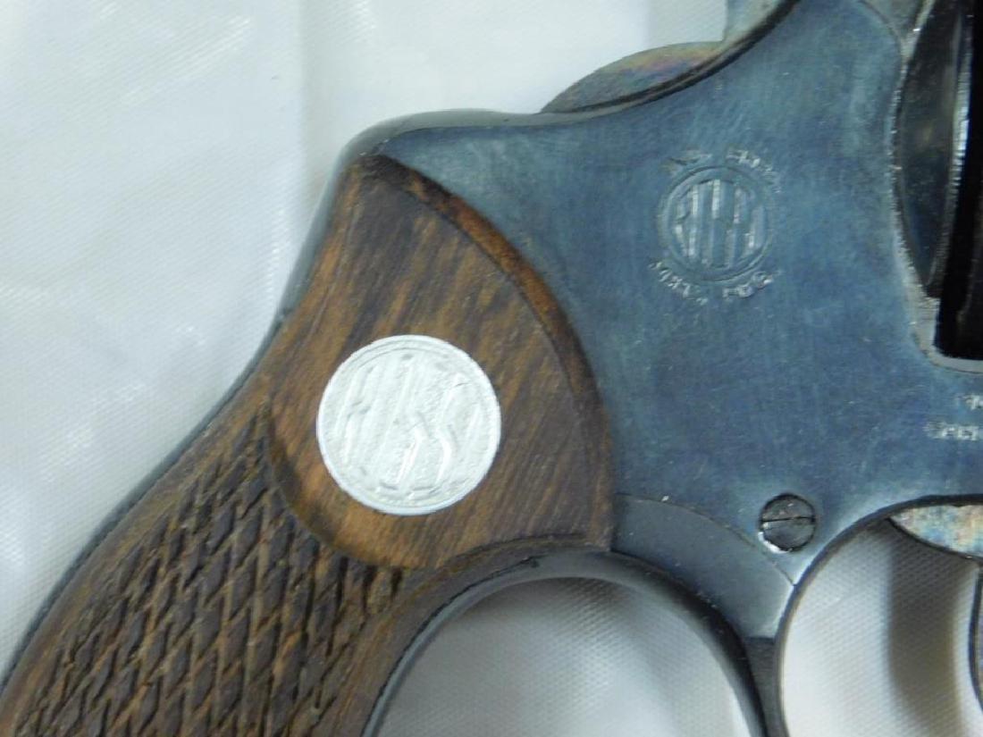 Rossi Model 33 Revolver - 7