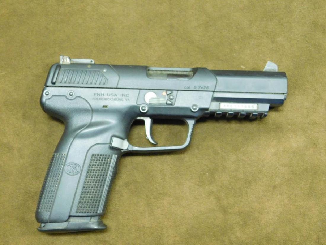 FN Herstal Pistol