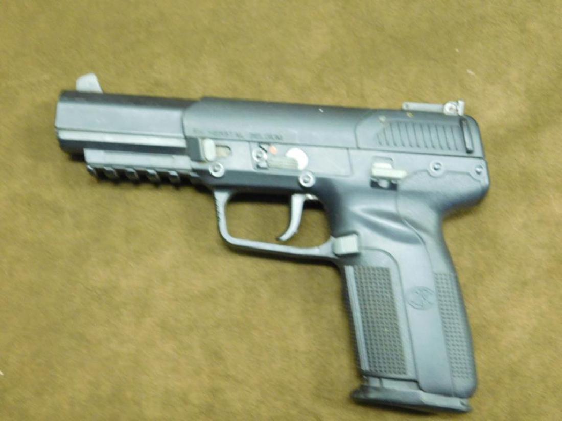 FN Herstal Pistol - 2