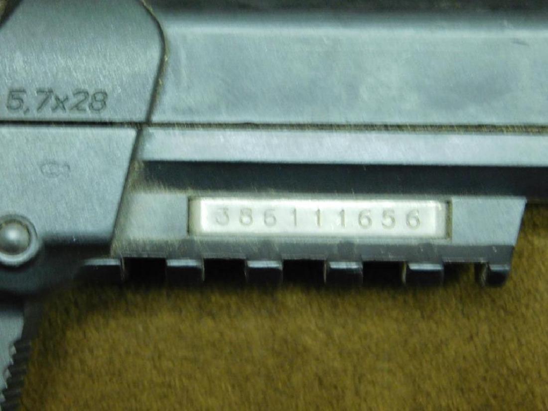 FN Herstal Pistol - 5