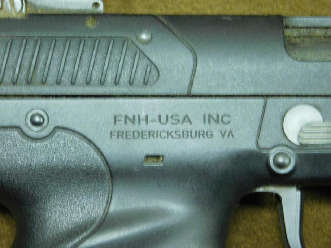 FN Herstal Pistol - 6