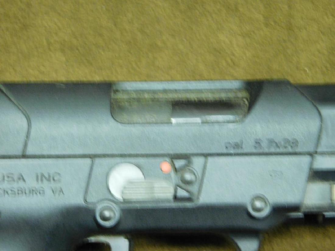 FN Herstal Pistol - 7