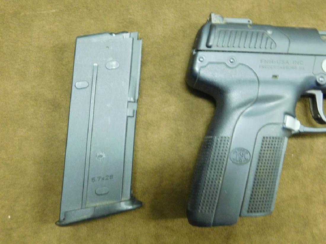 FN Herstal Pistol - 8