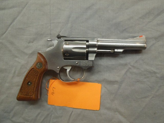 Smith & Wesson 22 Mag.