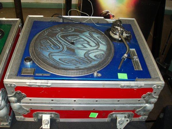 1010: DJ Turntable