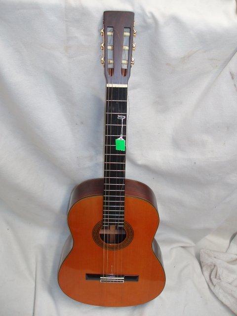 1071: Goya 6 string acoustic guitar