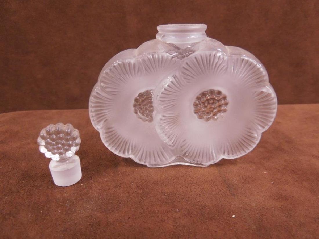 Lalique Deux Fleurs Perfume Bottle - 2
