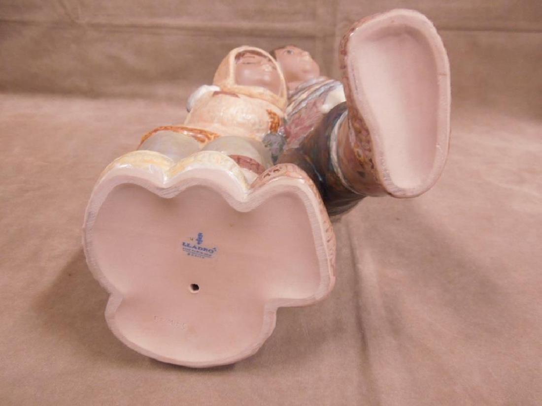 Lladro Porcelain Gres Figurine - 5