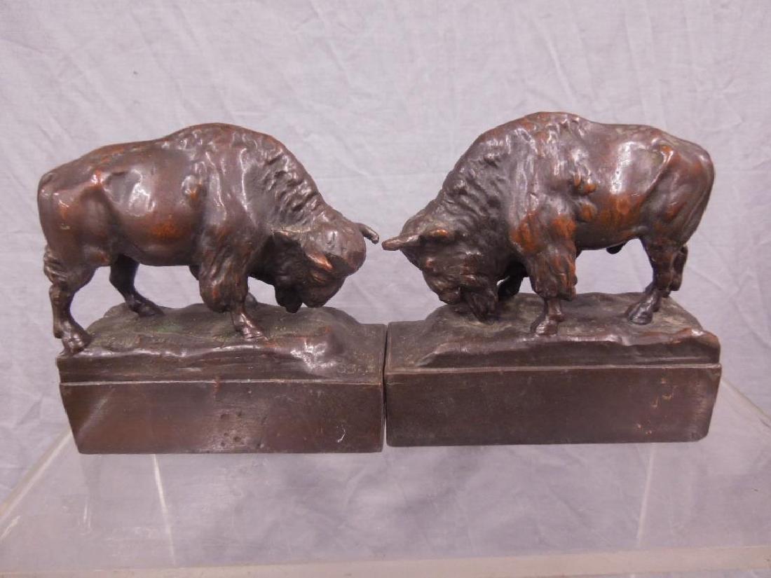 Pr Buffalo Bookends - 3