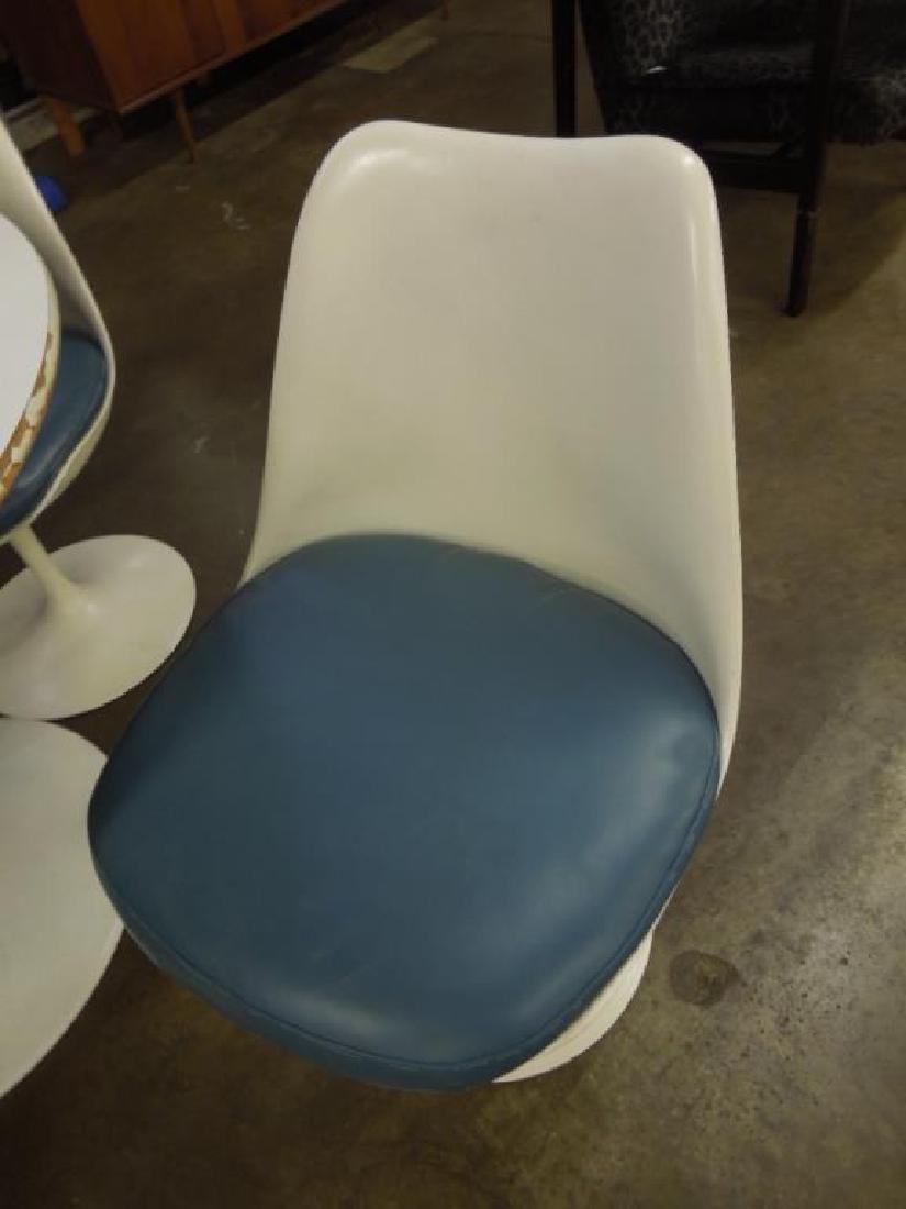 Saarinen-type Table & Chairs - 4