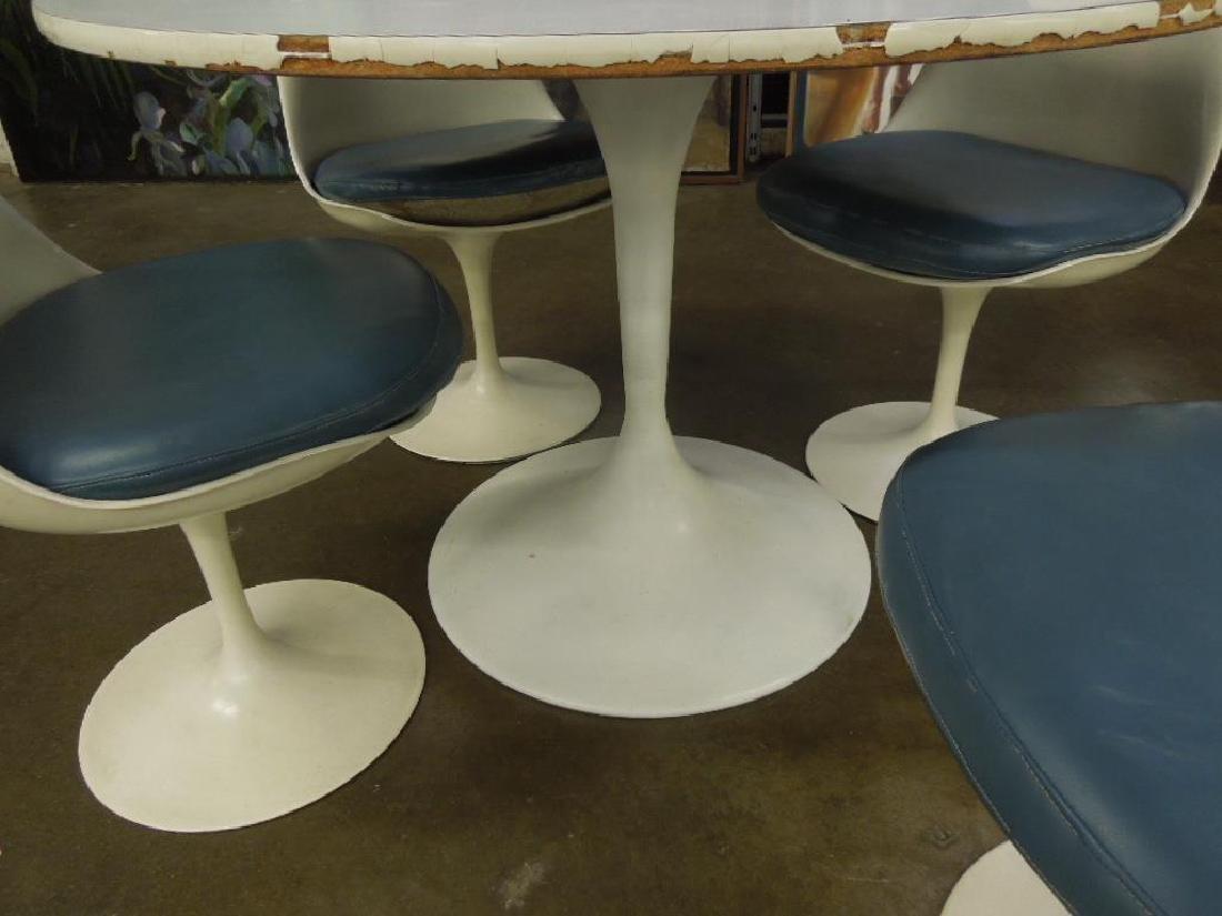 Saarinen-type Table & Chairs - 5