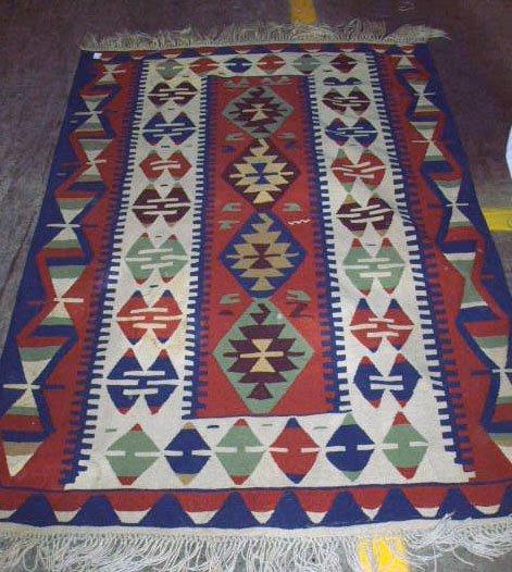 1008: Kilim Carpet