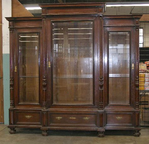 1111: Victorian Three Section Display Cabinet/Bookcase