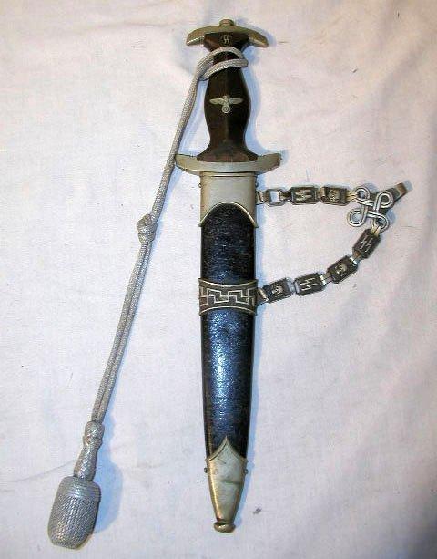2006: Rare Model 1936 Chained Dagger
