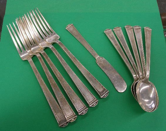 3018: International sterling silver Pantheon flatware