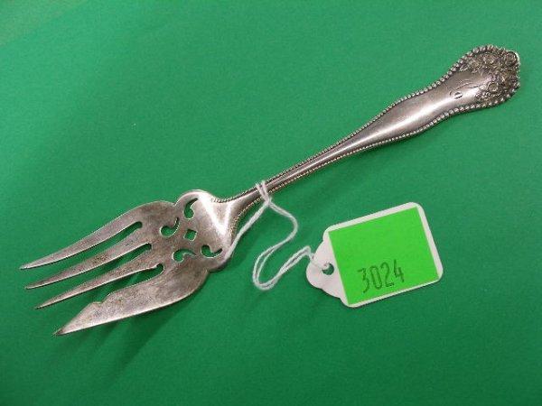 3024: Gorham sterling silver serving fork