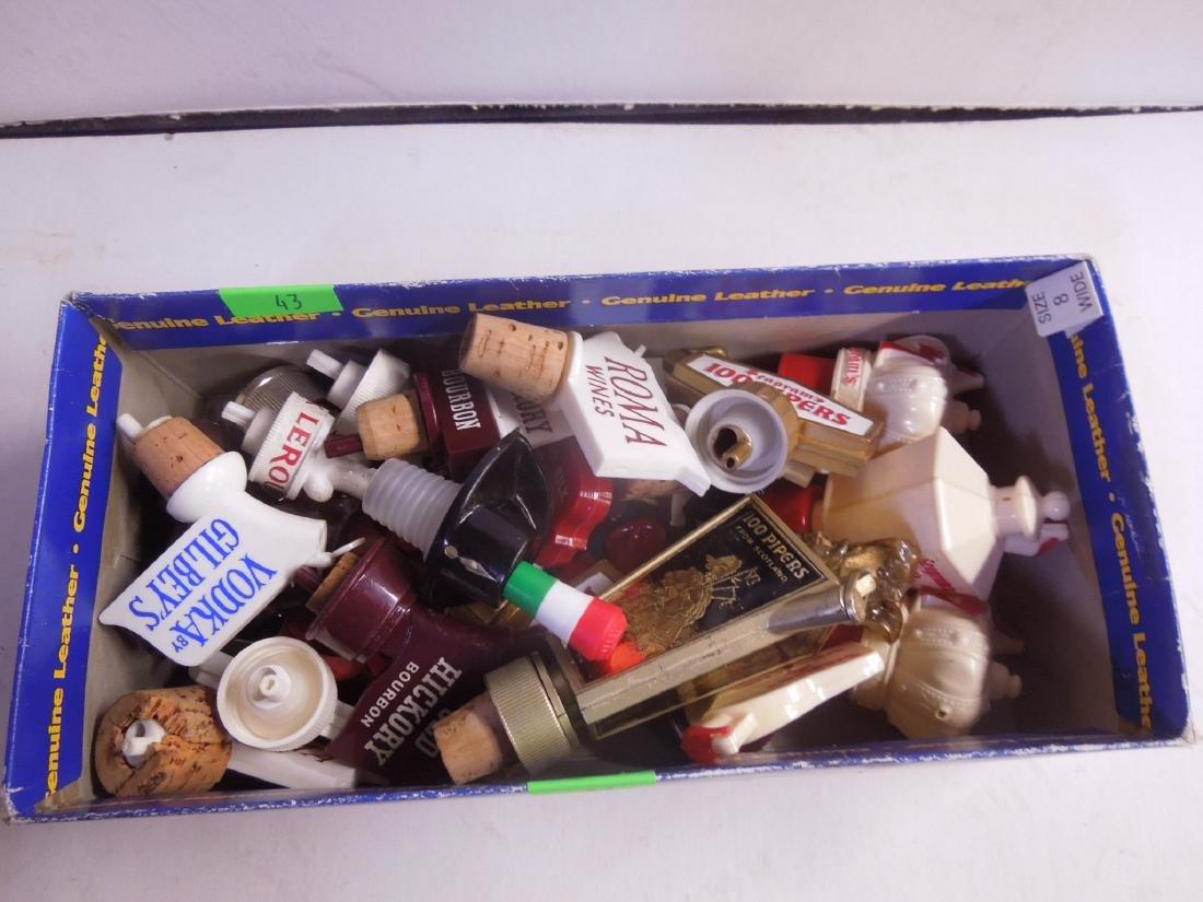 25 Plastic Adv. Liquor Bottle Pourers