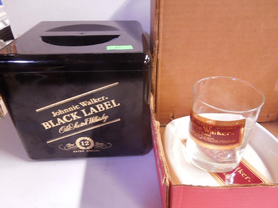 Lot Johnnie Walker Advertising Collectibles - 2