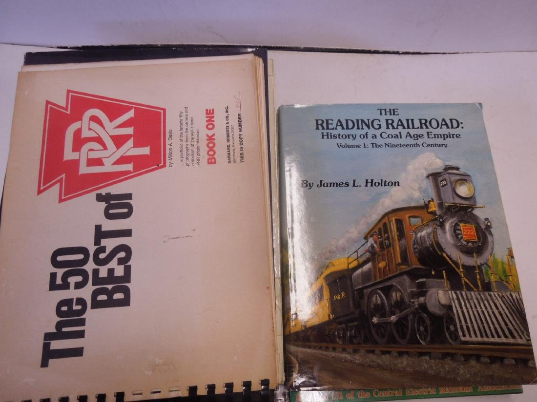 Lot hardback Railroad Books - 4