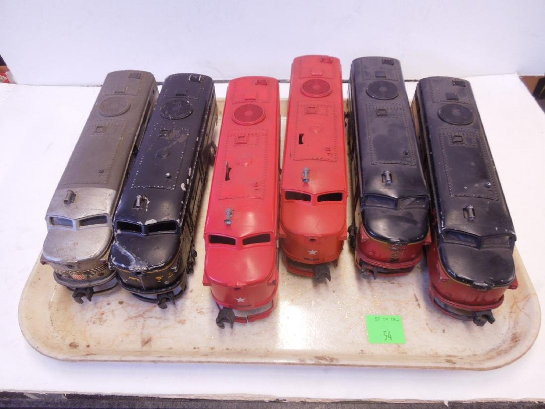 Lionel Train Engines & Dummy Cars