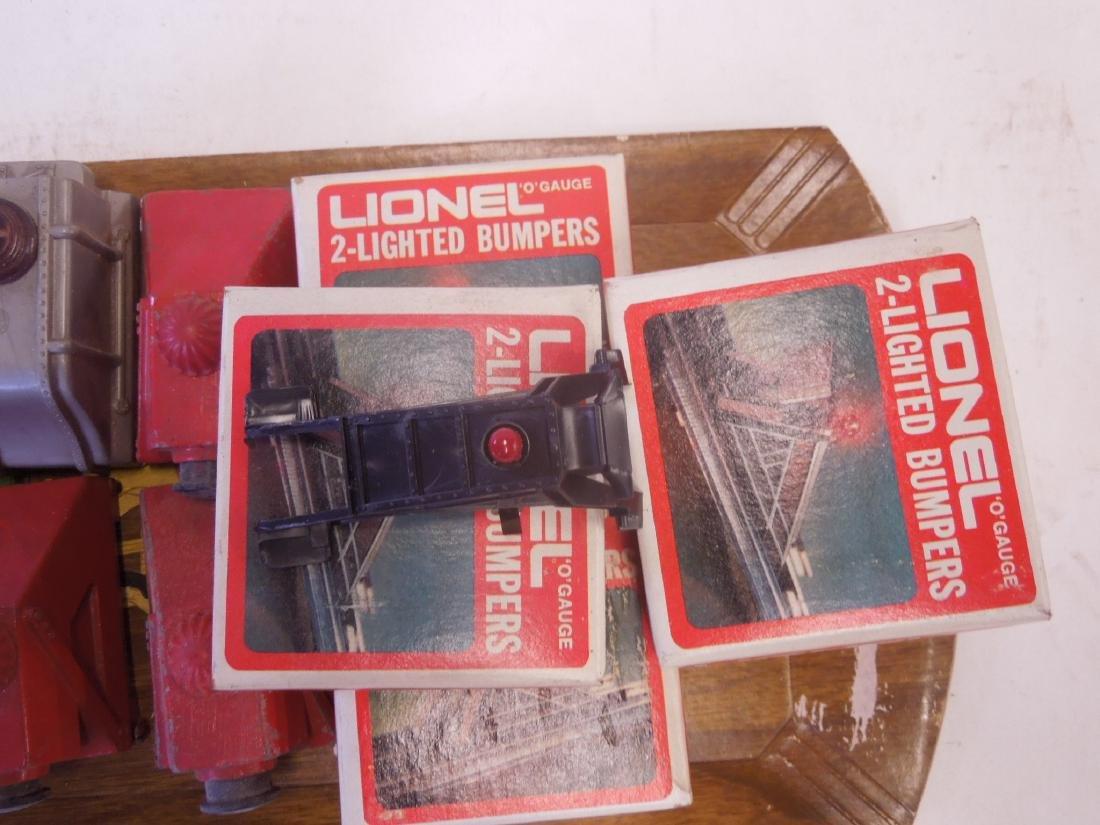 Lot Lionel Train Track Accessories - 3