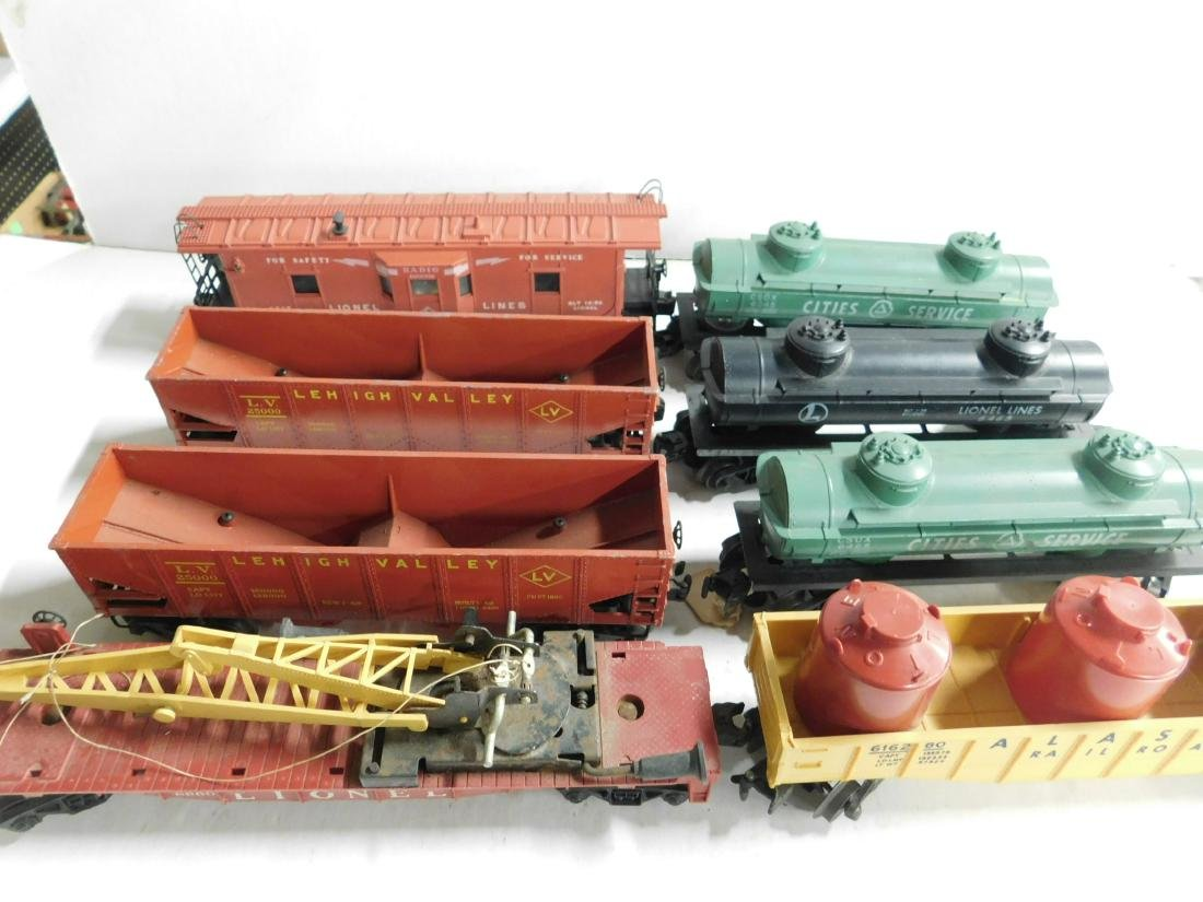 Lot Assorted Lionel Train Cars - 2