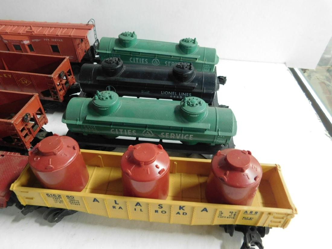 Lot Assorted Lionel Train Cars - 3
