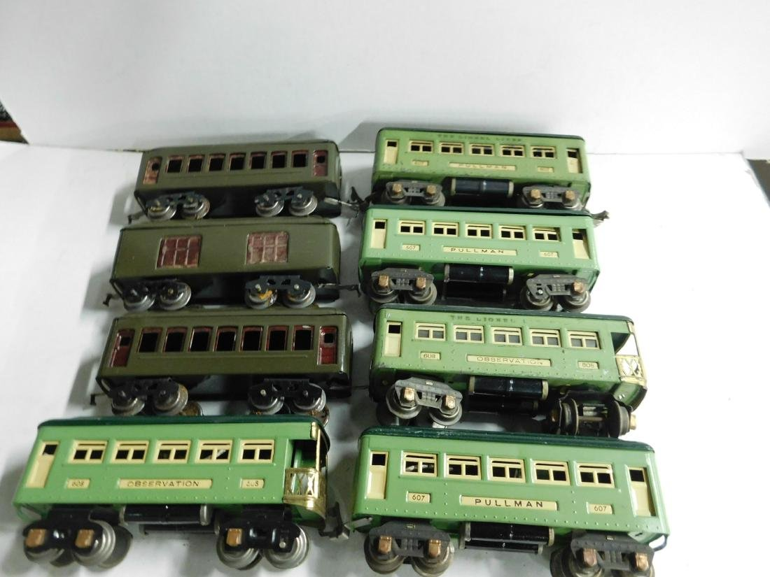 8 Lionel Prewar Train Cars