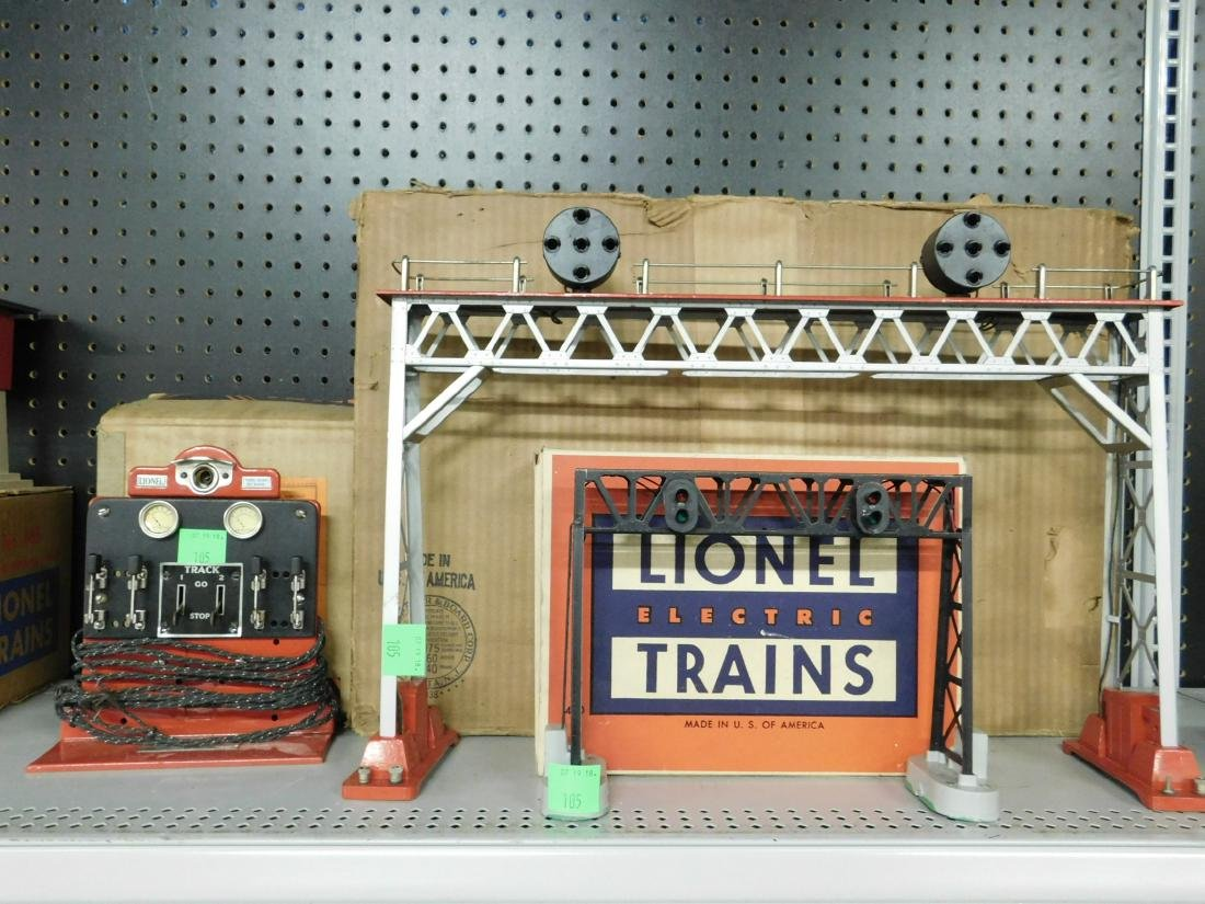 Lionel Position Light Signal Bridge w/Panel
