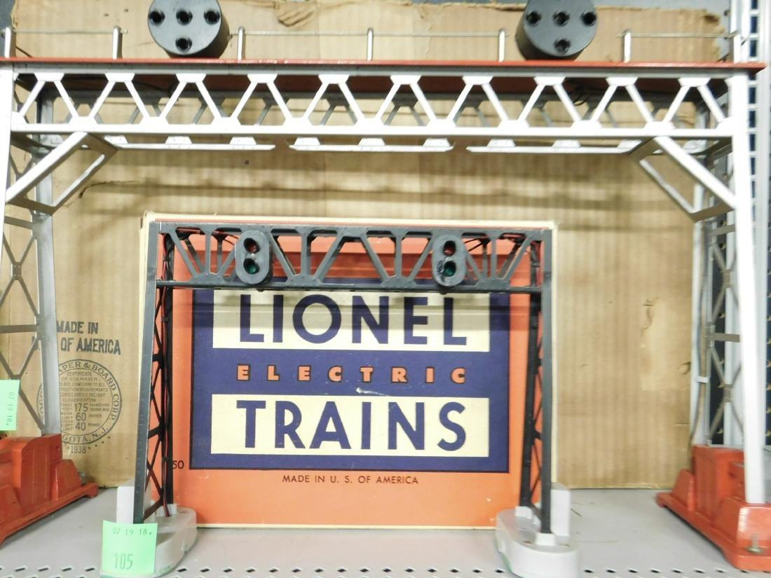 Lionel Position Light Signal Bridge w/Panel - 3