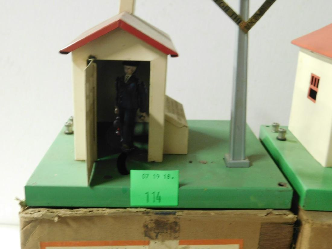 2 Postwar Automatic Gateman in Original Box - 2