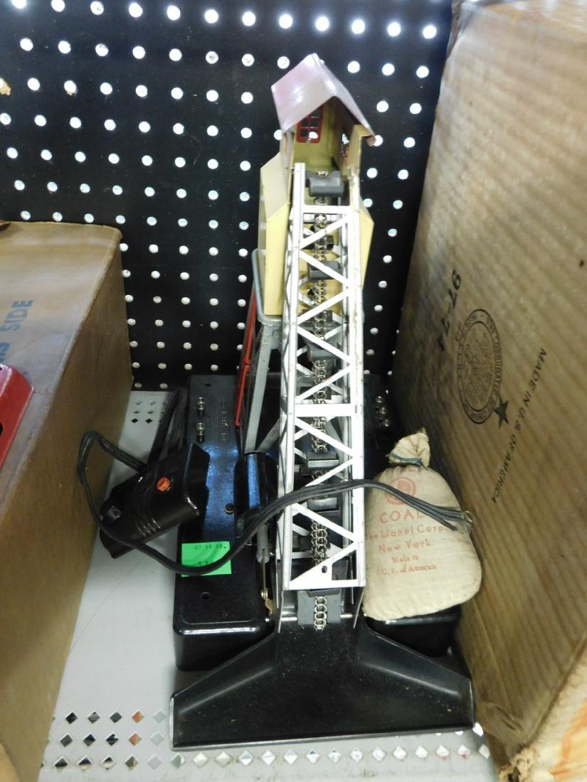 Lionel Postwar Remote Control Coal Elevator - 3