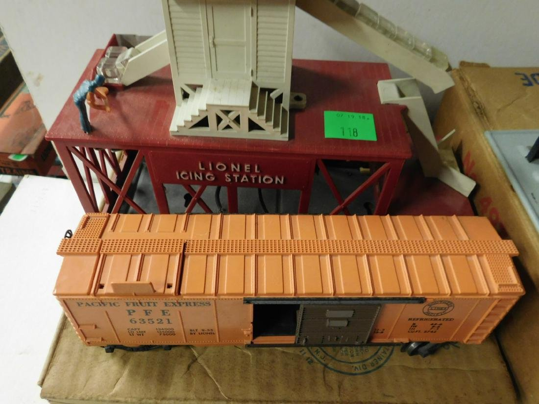 2 Postwar Lionel Mechanical Train Accessories - 6