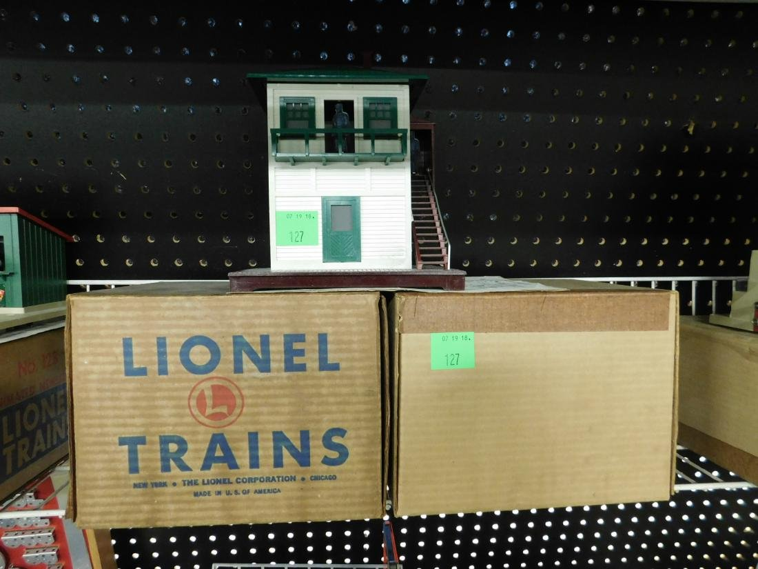 2 Vintage Lionel Switch Towers in Boxes