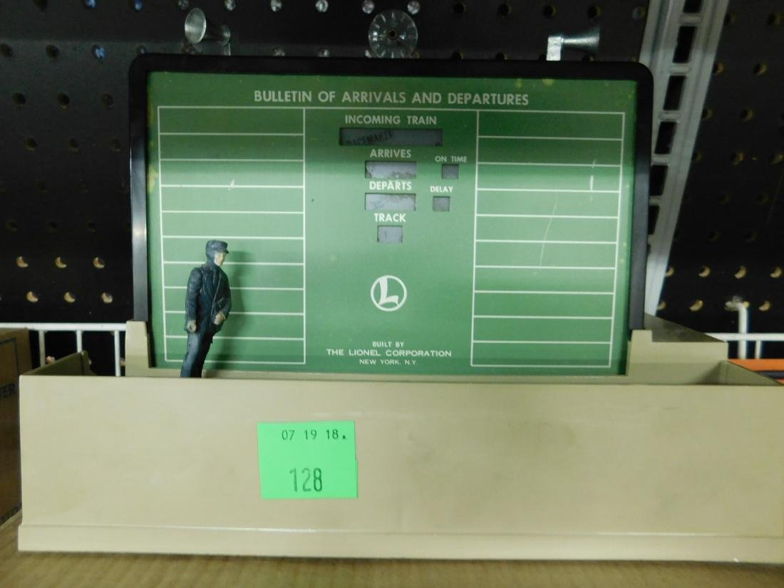 Postwar Lionel Dispatching Board in Box - 2