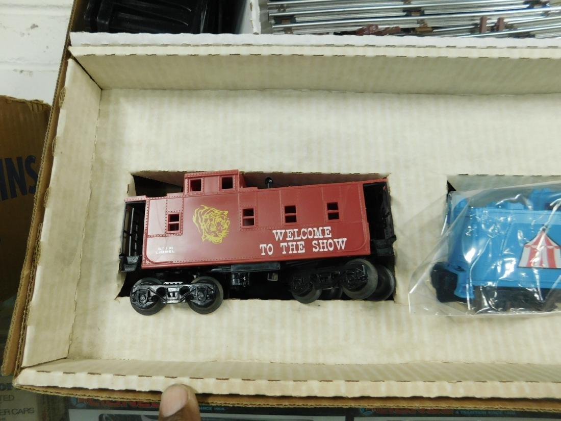 Lionel Circus Train Set - 4