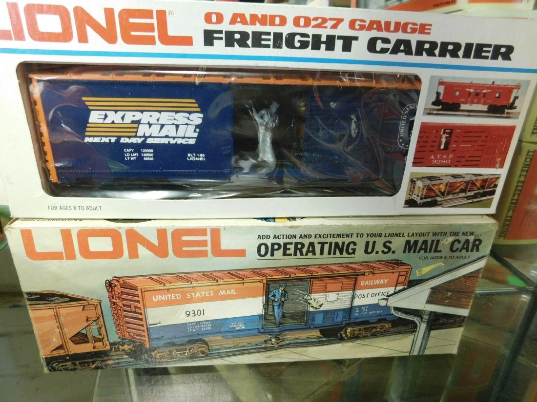 2 Lionel Operating Train Cars - 3