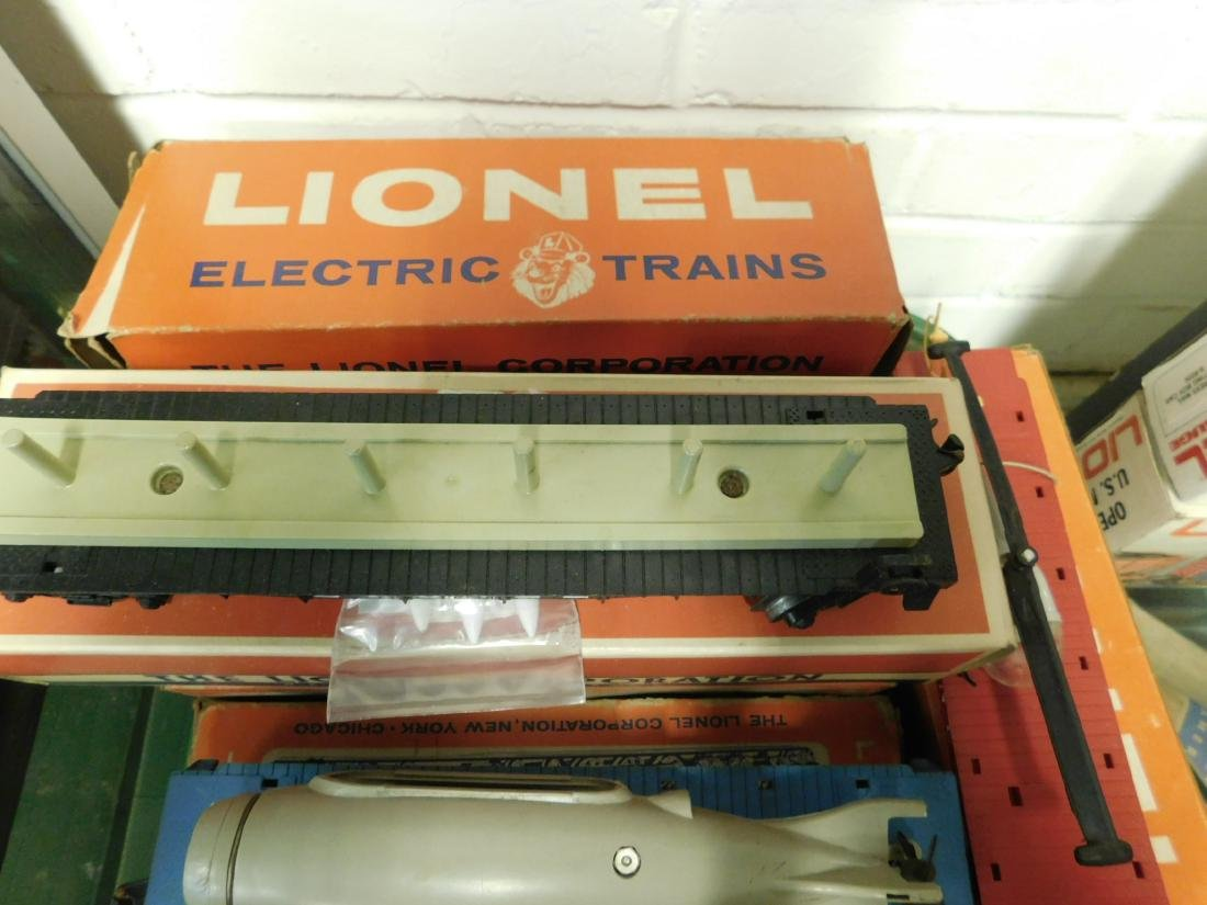 Lot Lionel Space Military Train Cars - 2