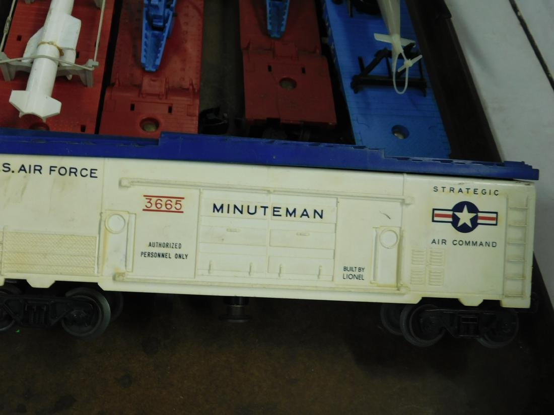 5 Lionel Postwar Space & Military Train Cars - 5