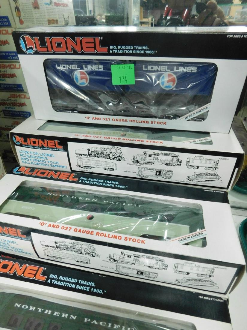 7 Lionel Rolling Stock Train Cars in Boxes - 2