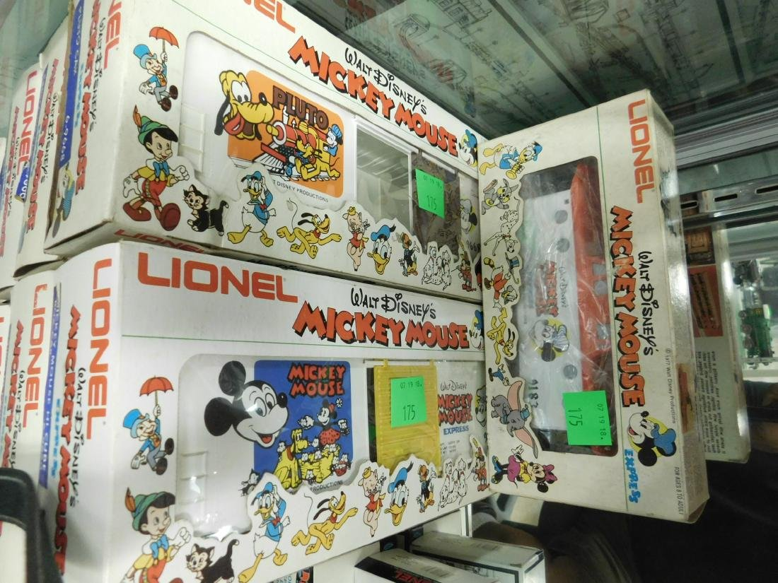 13 Lionel Mickey Mouse Express Character Cars