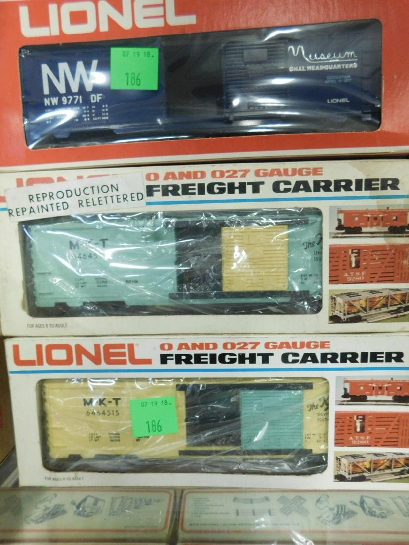 6 Lionel Box Cars In Original Boxes - 2