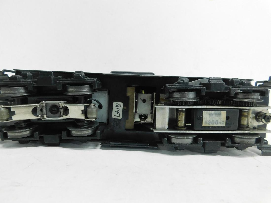 Lionel Postwar Diesel Switcher - 4