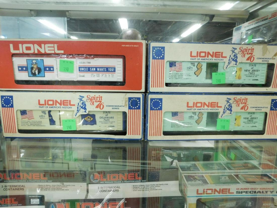 3 Lionel Spirit of '76 Box Cars & Other