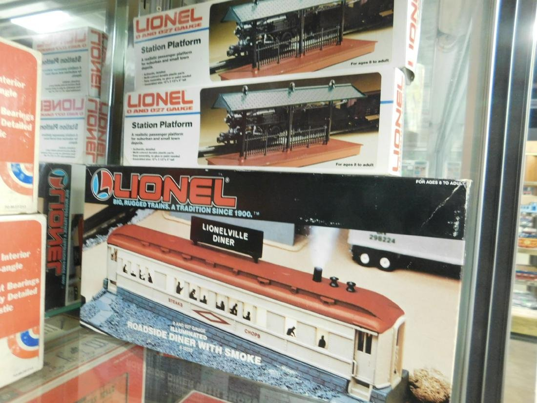3 Lionel Train Track Accessories in Boxes
