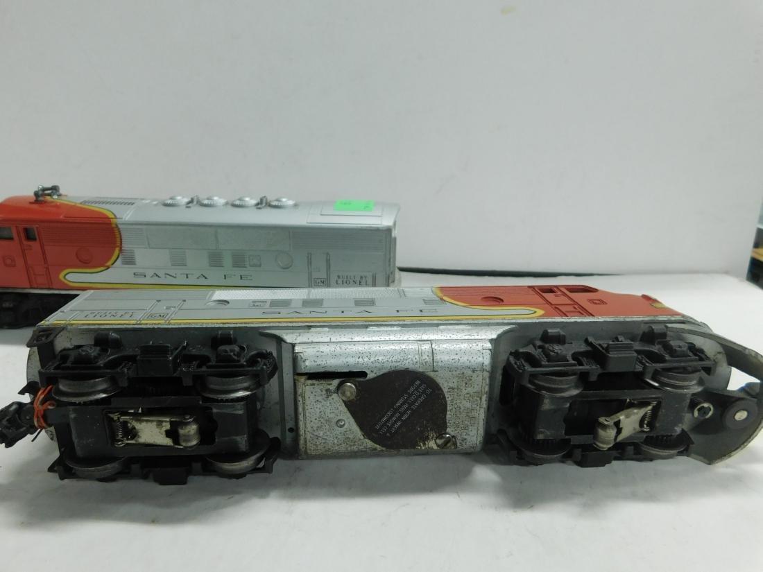 Lionel Postwar Sante Fe Engine & Dummy - 4