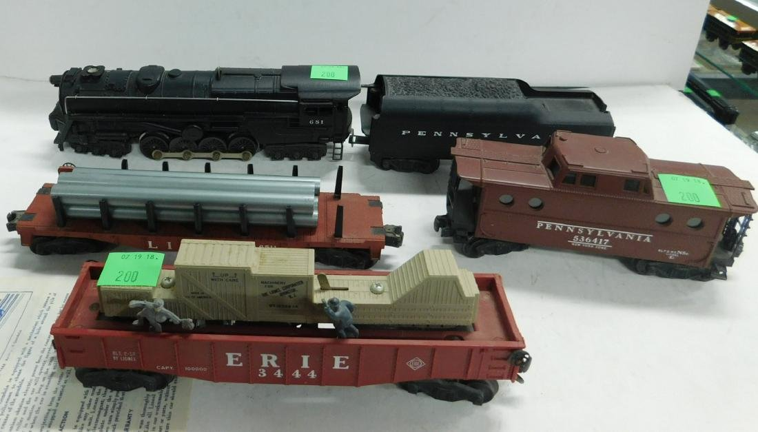 Lionel Postwar 5 Piece Train Set